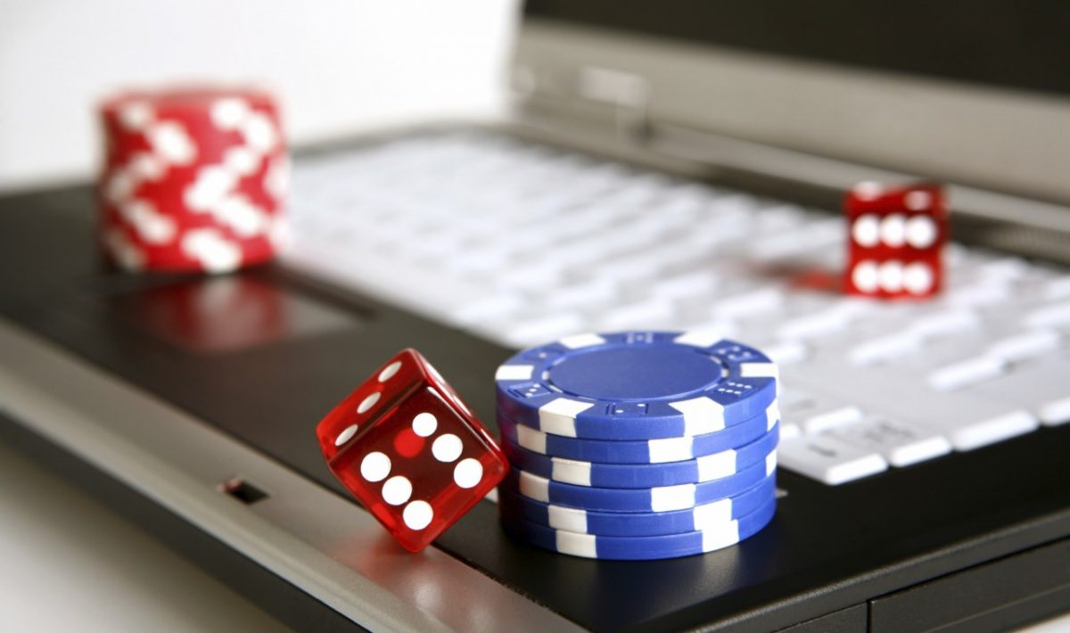 Internet Gambling Has Its Share Of Pros And Cons Betting