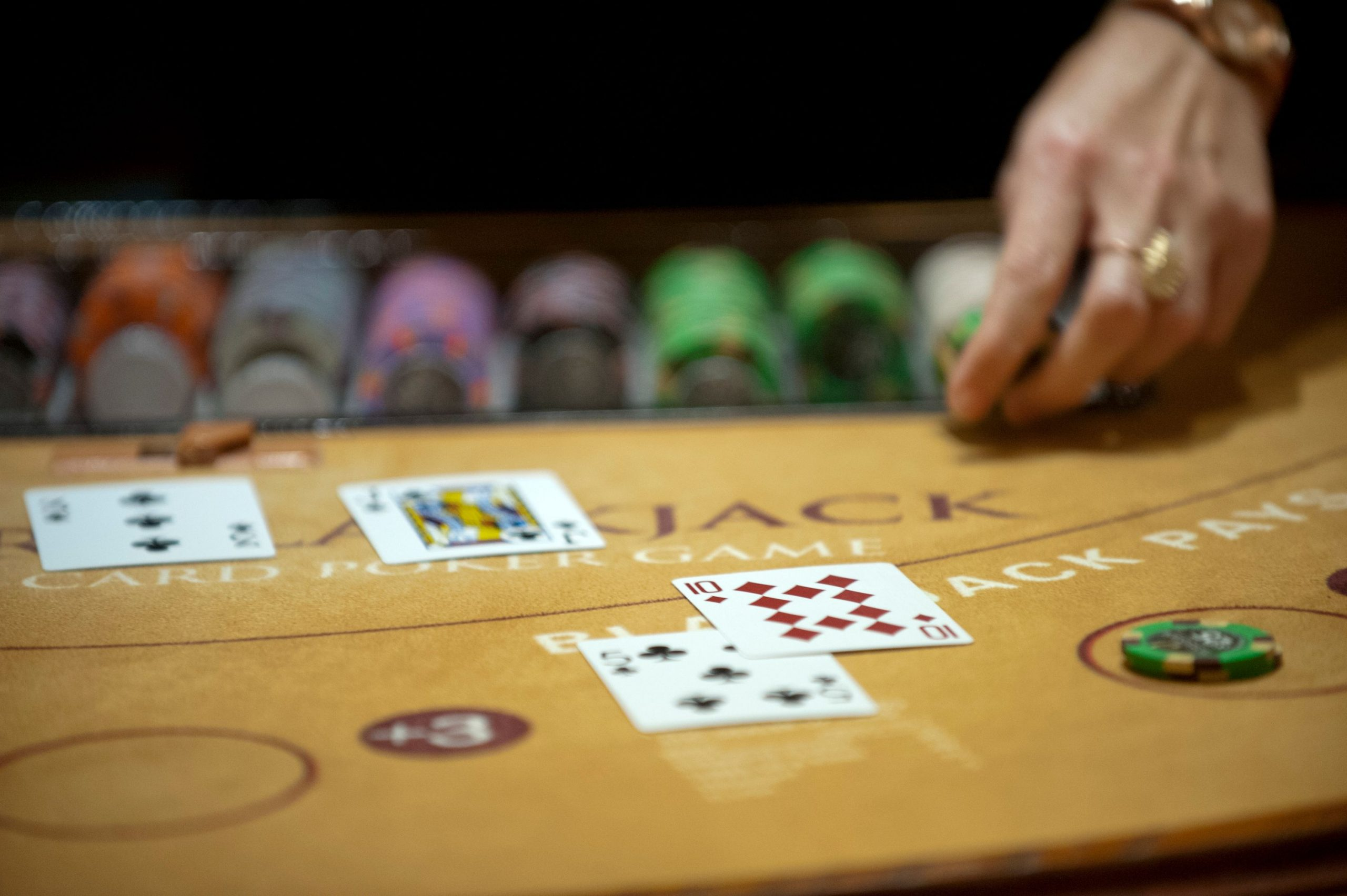 Just How Online Poker Works - What It Takes To Play Online