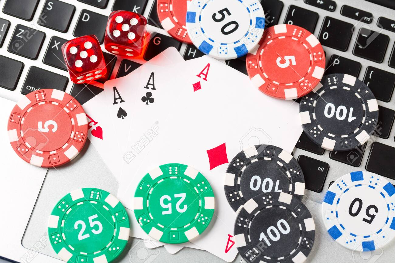 Online Casino Query: Does Dimension Matter